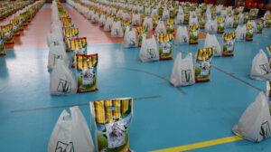 توزیع ۶ هزار بسته معیشتی بین نیازمندان خوزستان