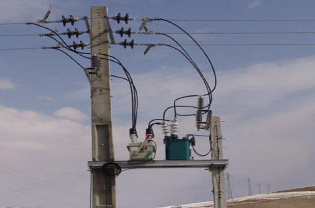 اجرای طرح کاهش تلفات انرژی با نصب کابلهای برق خودنگهدار در اهواز