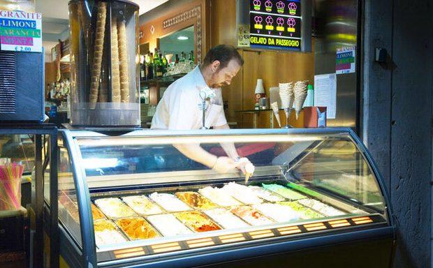کام تلخ بستنیفروشان اهوازی در تابستان کرونایی