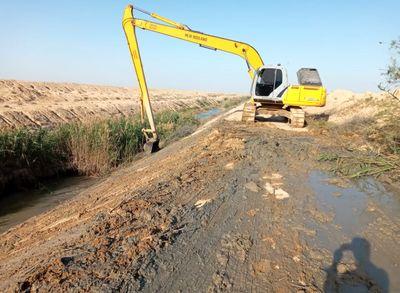 بزرگترین عملیات لایروبی شبکه های آبیاری زهره وجراحی به اتمام رسید