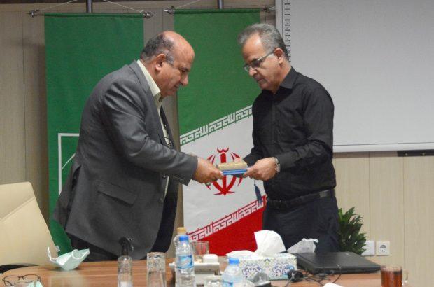 مراسم تکریم معاون مالی و منابع انسانی شرکت توسعه نیشکر برگزار شد