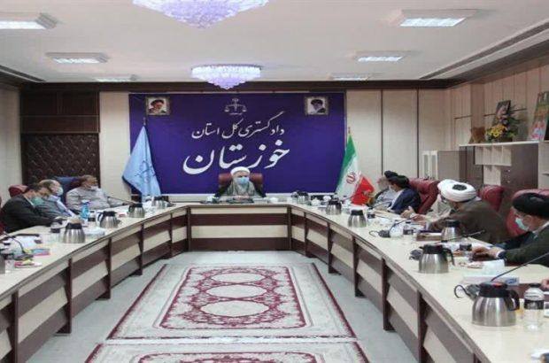 رئیس کل دادگستری استان خوزستان گفت: نظارت و بازرسی از شعب دادگاه ها و دادسراها افزایش می یابد