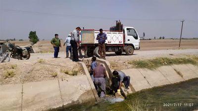 تعمیردریجه های شبکه های آبیاری شمال خوزستان بصورت مستمر انجام می شود