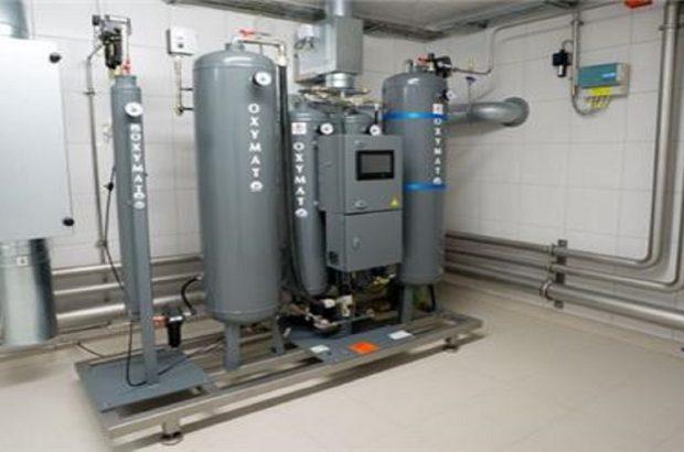 راه اندازی دستگاه اکسیژن ساز در بیمارستان شادگان/ بیماران راحتتر نفس میکشند